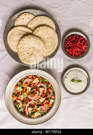 Auswahl an traditionellen arabischen und jüdischen gesundes Essen, vegan und vegetarisch - Stockfoto