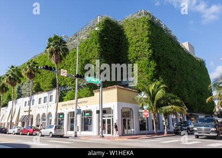 Miami Beach Florida Collins Avenue Parken Garage siebten 7th Street Parkhaus multifunktionelles Gebäude Geschafte vertikale bewachsen - Stockfoto