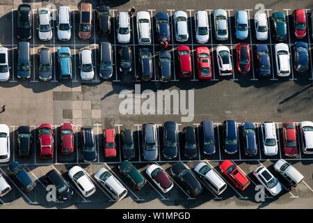 Blick auf den Parkplatz vom Jentower, Jena, Thüringen, Deutschland, Europa - Stockfoto