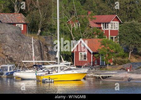 Insel südlich Stavsudda in den Stockholmer Schären, Vaxholm, Uppland, Stockholms Land, Süd Schweden, Schweden, Skandinavien, Nordeuropa - Stockfoto