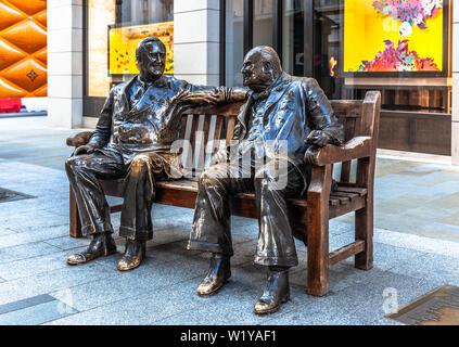 Die Statue von Verbündeten, New Bond Street, London, England, UK. - Stockfoto