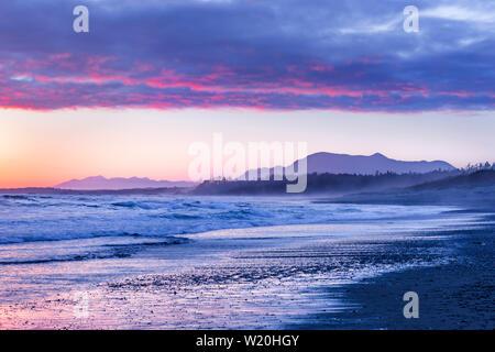 Sonnenuntergang, Long Beach, Pacific Rim National Park, Vancouver Island, British Columbia, Kanada. - Stockfoto