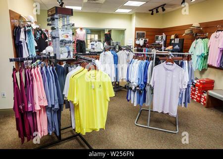 Miami Beach, Florida Normandy Shores Golf Pro Shop Shopping polo shirts Anzeige - Stockfoto