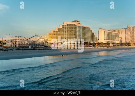 ADAMS RESORT OCEAN AVENUE WATERFRONT DAYTONA BEACH FLORIDA USA - Stockfoto