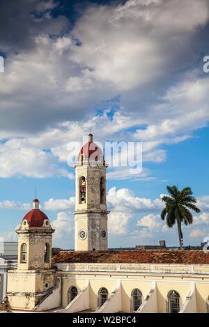 Cuba, Cienfuegos, Parque Marti, Blick auf die Catedral de La Purisima Concepcion - Stockfoto