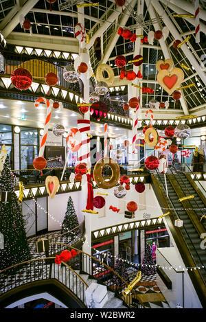 Deutschland, Berlin, Mitte, Friedrichstraße, Quartier 206, Shopping Mall - Stockfoto