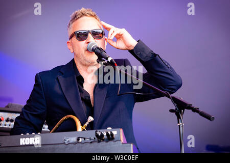 Fun Lovin' Verbrecher, Village Green Musik- und Kunstfestival, Southend-on-Sea, Essex © clarissa Debenham/Alamy - Stockfoto