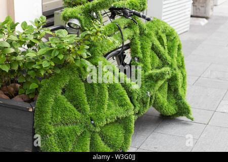 Eco Bike grünes Gras Konzept Natur ökologie Transport - Stockfoto