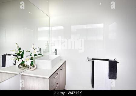 Zimmer Kühlen Nasses Handtuch