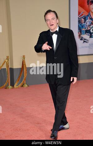 "Los Angeles, USA. 22. Juli, 2019. Quentin Tarantino bei der Premiere von ""Once Upon A Time In Hollywood' an der TCL Chinese Theater. Credit: Paul Smith/Alamy leben Nachrichten - Stockfoto"