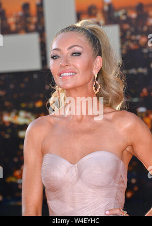 "Los Angeles, USA. 22. Juli, 2019. Rebecca Gayheart bei der Premiere von ""Once Upon A Time In Hollywood' an der TCL Chinese Theater. Foto: Paul Smith/Alamy leben Nachrichten - Stockfoto"