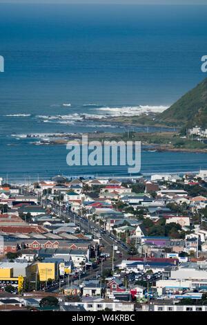 Luftaufnahme von Lyall Bay an der Südküste von Wellington, Neuseeland
