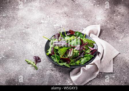 Mischung aus grünem Salat Blätter