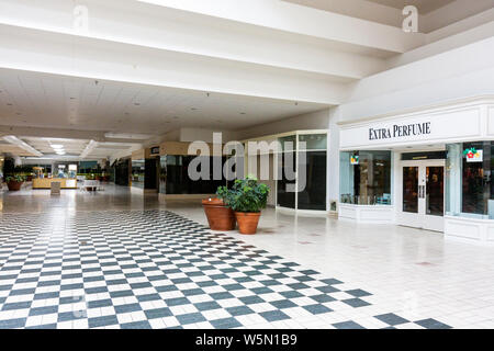 Florida, FL, Süd, Palm Beach County, West Palm Beach, Palm Beach Mall, abgeschottet, Abschottung, Dead Mall, leer, Schließung, Wirtschaft, Finanzkredit - Stockfoto