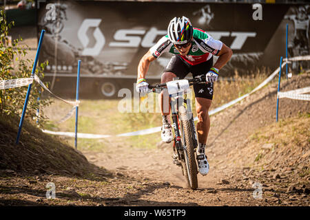SEPTEMBER 6, 2014 - HAFJELL, Norwegen. Nino Schurter an der UCI Mountainbike World Cross Country Championships. - Stockfoto