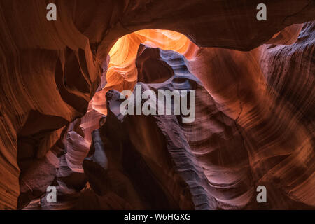 Upper Antelope Canyon; Seite, Arizona, Vereinigte Staaten von Amerika - Stockfoto