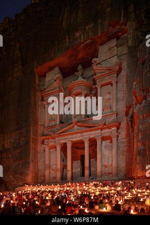Das Finanzministerium oder Al-Khazneh in Petra, Jordanien. - Stockfoto