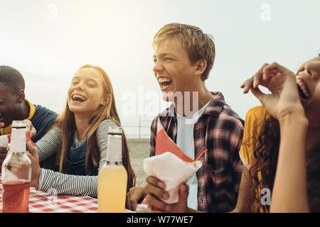 Dating mit einem mädchen gemischter abstammung