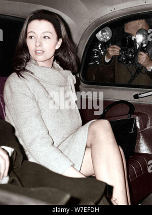 Christine Keeler im Old Bailey, London, 1963. Artist: Unbekannt - Stockfoto