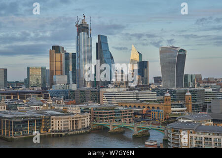 Stadt Skyline von London Financial District - Stockfoto