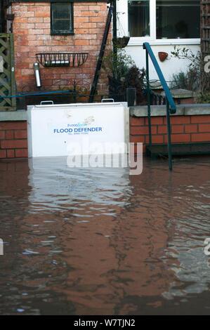 Hochwasserschutz Tor im Februar Überschwemmungen 2014, Upton bei Severn, Worcestershire, England, UK, 10. Februar 2014. - Stockfoto