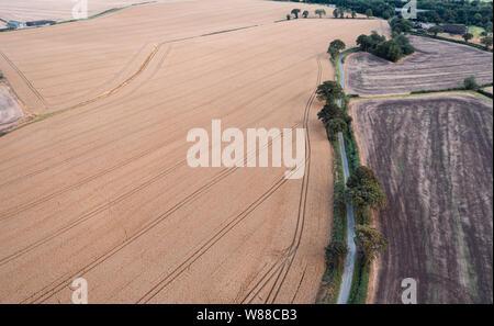 Luftaufnahme über Felder am Sommer, der in Shropshire, Großbritannien - Stockfoto