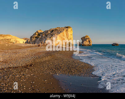 Felsen der Aphrodite, Petra tou Romiou, Kouklia, Zypern, Zypern, 30070097 - Stockfoto