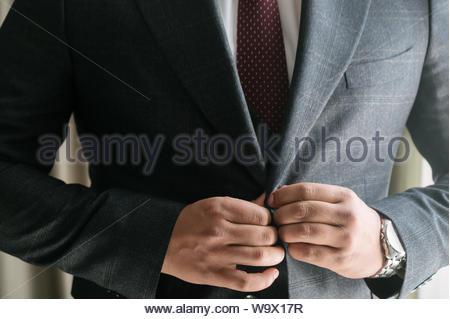Person im weißen Hemd und schwarzen Blazer - Stockfoto