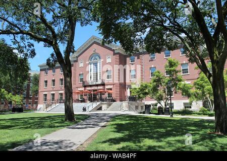 PROVIDENCE, USA - Juni 8, 2013: Persönliche Besuche der Brown University in Providence, Rhode Island. Braun ist einer der angesehensten Ivy League private - Stockfoto