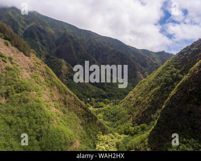 Luftaufnahme der Iao Valley State Park Maui Hawaii - Stockfoto