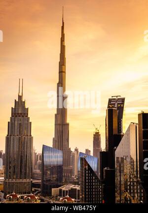 Anzeigen Duba downtowni Skyline bei Sonnenuntergang - Stockfoto