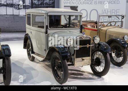 Ein BMW 3/15 PS DA 4 (1931), Teil der 90 Jahre BMW Automobile, BMW Museum, München, Bayern, Deutschland. - Stockfoto