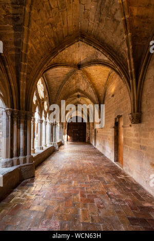 Aragon, Spanien - 11 August, 2019: Der berühmte Zisterzienserkloster Veruela, in Aragon, Spanien. - Stockfoto