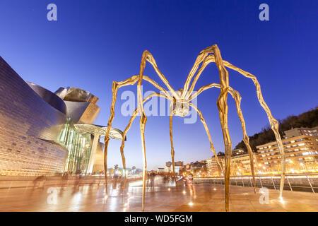 Maman Skulptur im Guggenheim Museum, Bilbao, Spanien
