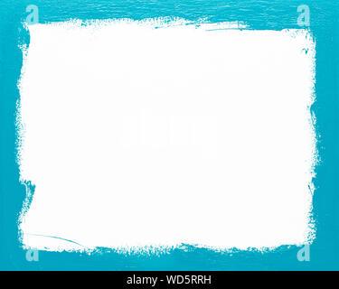 Rechteckige türkis Bilderrahmen gemalten Hintergrund auf weißem Hintergrund. Mit echten Öl Farbe von Hand auf Leinwand gemalt. - Stockfoto