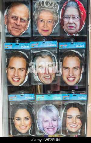 England, Berkshire, Souvenir Masken, Mitgliedern der britischen Royal Family - Stockfoto
