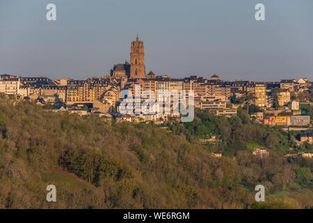 Die Kathedrale aus dem 13. und 16. Jahrhundert, Rodez, Aveyron, Frankreich - Stockfoto