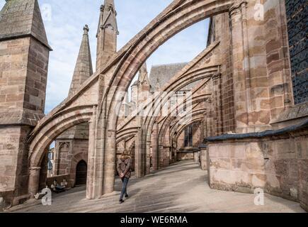 Planetes der Kathedrale aus dem 13. und 16. Jahrhundert, Rodez, Aveyron, Frankreich - Stockfoto