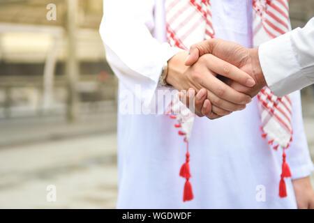 Close-up Männer Handshake - Stockfoto