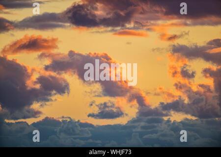 Moody Sonnenuntergang am Portland Bill, Dorset - Stockfoto
