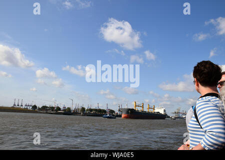 Elbe, Hamburg, Deutschland, August 2019 - Stockfoto
