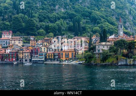 Stadt Varenna, Comer See, Italien - Stockfoto