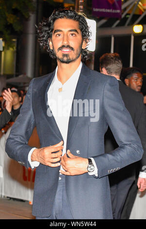 Toronto, Kanada. 05 Sep, 2019. - Englisch Schauspieler Dev Patel kommt für die Premiere der persönlichen Geschichte von David Copperfield im Princes of Wales Theater während der 2019 Toronto International Film Festival. Jamie Simon/JSP/EXimages. Credit: EXImages/Alamy leben Nachrichten - Stockfoto