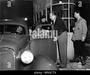 FRITZ LANG Regie EDWARD G.ROBINSON IN DIE FRAU IM FENSTER 1944 auf offener Filmen ein Film noir Christie Corporation/International Pictures/RKO Radio Pictures - Stockfoto