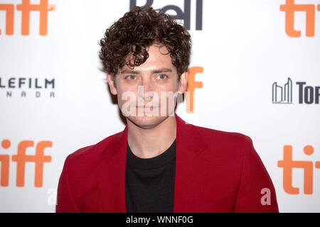 "Toronto, Kanada. 05 Sep, 2019. Aneurin Barnard an ""Die persönliche Geschichte des David Copperfield"" während der 44Th Toronto International Film Festival im Princess of Wales Theatre am September 5, 2019 in Toronto, Kanada Kredit: Geisler-Fotopress GmbH/Alamy leben Nachrichten - Stockfoto"