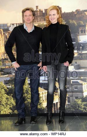 """Edinburgh, Schottland - Schauspielerin Nicole Kidman wirft mit ihrem Co-stars Colin Firth und Stellan Skarsgard für ein Werbefoto Ruf Ihrer neuesten Film """"Der Mann"""" in Edinburgh, Schottland. AKM-GSI am 27. April 2012 - Stockfoto"""