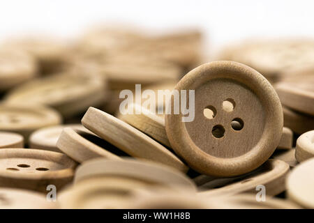 Detaillierte Nahaufnahme von Vintage Holz- nähen Tasten - Stockfoto