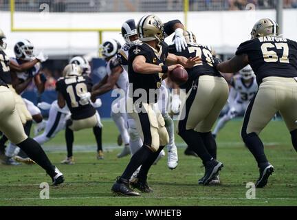 Los Angeles, USA. 10 Sep, 2019. New Orleans Saints Quarterback Drew Brees (9) wirft den Ball bei einem NFL Football Spiel gegen die Los Angeles Rams, Sonntag, Sept. 15, 2019, in Los Angeles. Die Rams besiegt die Heiligen 27-9. (Dylan Stewart/Image des Sports) Foto per Kreditkarte: Newscom/Alamy leben Nachrichten