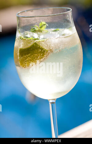 Hugo prosecco Holunderblüten Soda ice Sommer trinken - Stockfoto
