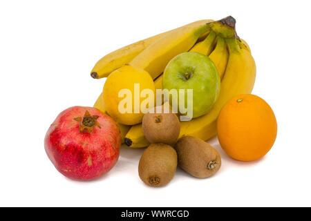 In der Nähe von Steinhaufen, der Früchte, auf weißem Hintergrund. - Stockfoto